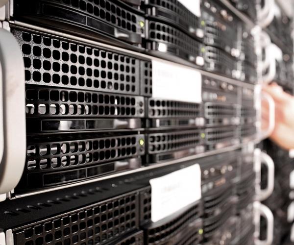 server, server cloud, IT, new server, szerver, rendszergazda, IT Részleg